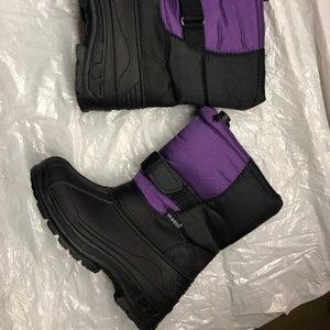 Other - Snow boots for girls